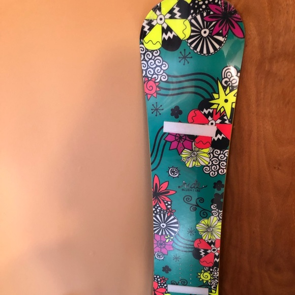 New Ride 130cm kid's snowboard youth
